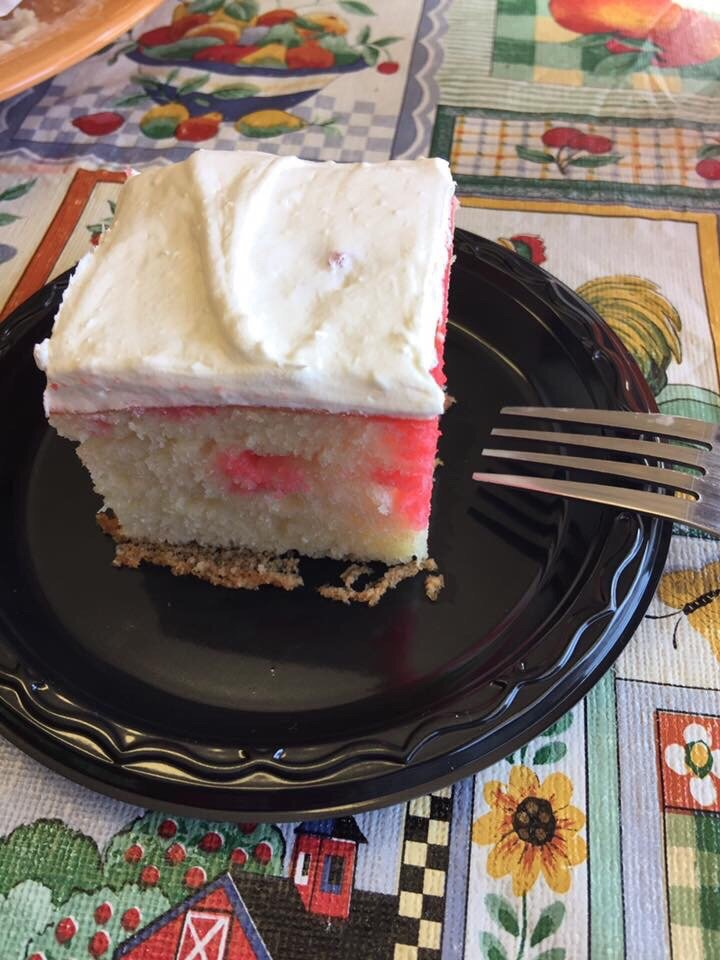 Sweets & More: 132 W 7th St, Cozad, NE