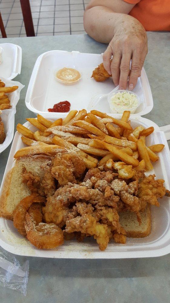 Hook Fish N Chicken