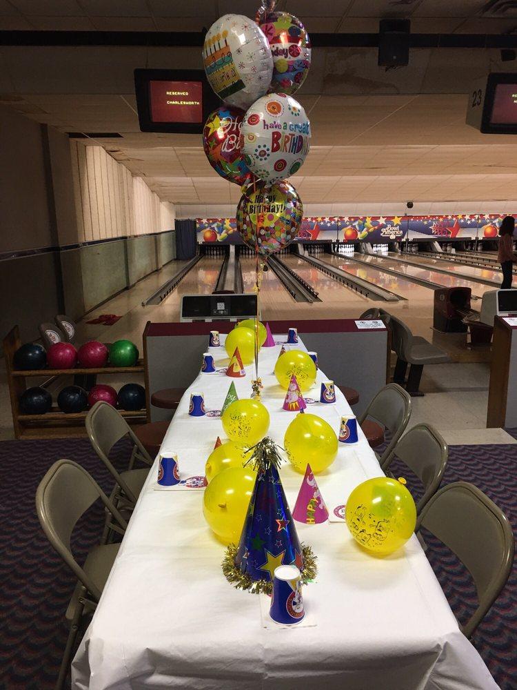 Bowl America-Shirley: 6450 Edsall Rd, Alexandria, VA