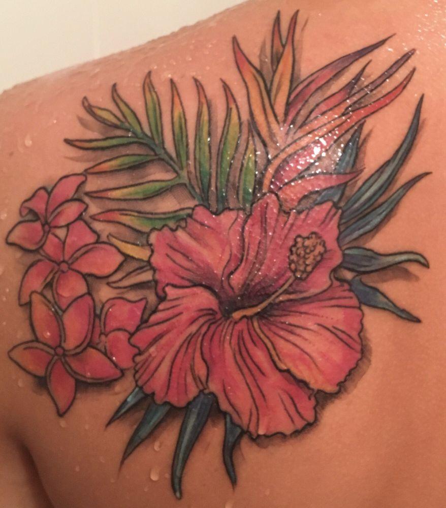 Rose and Dagger Tattoo Studio: 6605 Gateway Ave, Sarasota, FL