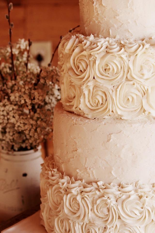 Ahimsa Custom Cakes: 15 Gammon Ave, Auburn, ME