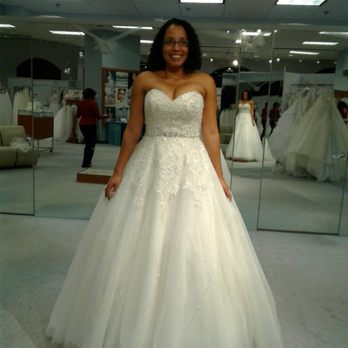 alfred angelo bridal closed 19 photos 51 reviews bridal