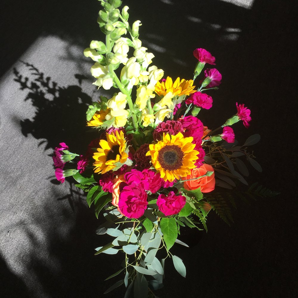 Lakeview Florists: 285 Lakeview Ave, Valhalla, NY