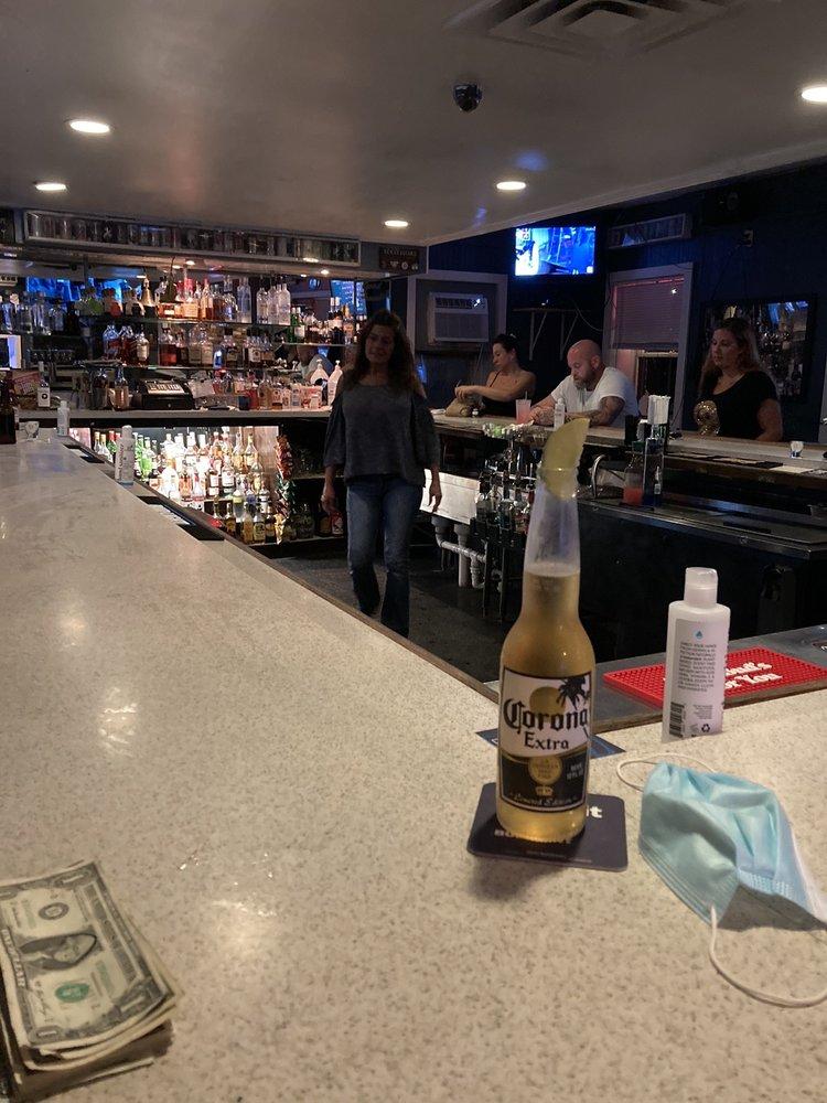Good Friends Bar and Grill: 625 Mastic Rd, Mastic Beach, NY