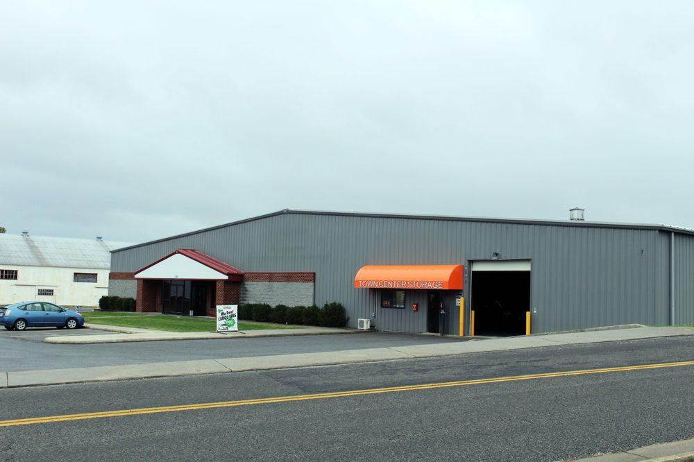 U-Haul Neighborhood Dealer: 101 Town Center Dr, Dublin, VA