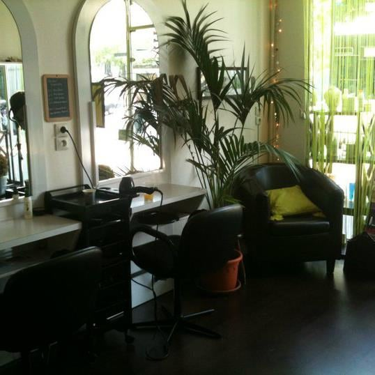 L atelier zen coiffure hair salons 1 rue al sia for Salon coze paris 16