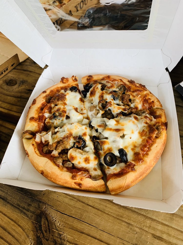 Godfather's Pizza: 1420 US-19, Leesburg, GA