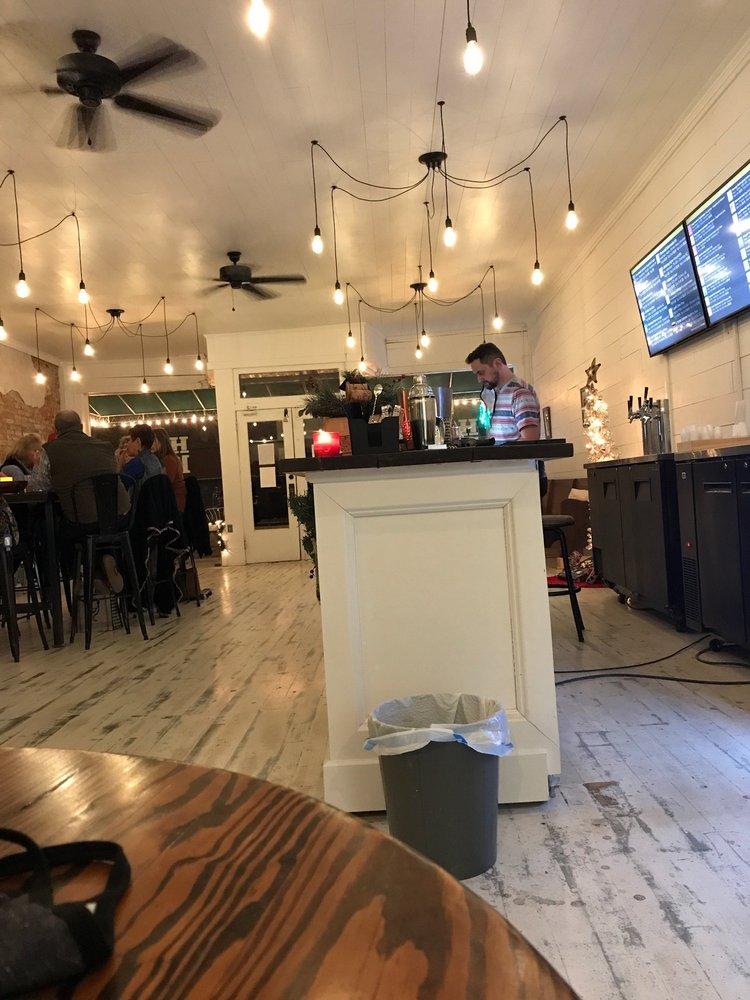 Homeland Craft Beer And Wine: 103 Main St, Batesburg-Leesville, SC