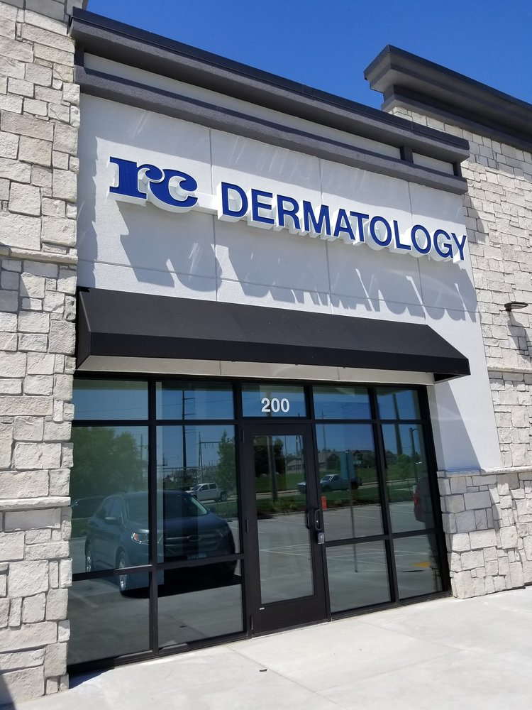 Radiant Complexions Dermatology Clinic: 3053 8th St SW, Altoona, IA