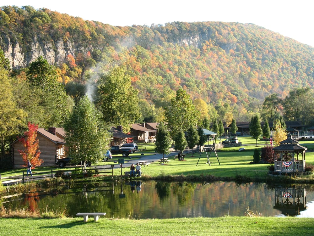 Attrayant Photo Of Smoke Hole Caverns U0026 Log Cabin Resort   Cabins, WV, United States