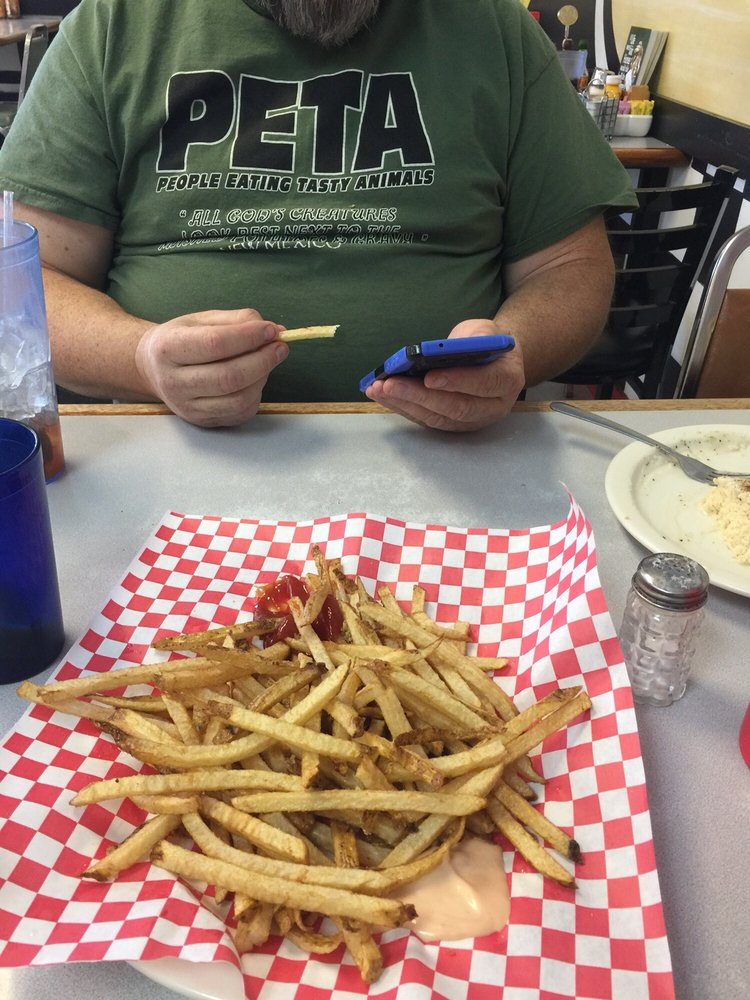 Jody's Diner: 260 Bear River Dr, Evanston, WY