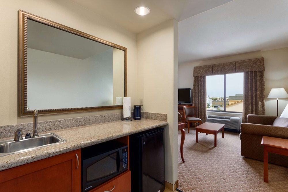 Hampton Inn & Suites Pharr: 300 W Nolana Lp, Pharr, TX