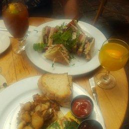 Karlas Restaurant New Hope