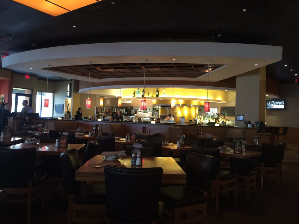 California Pizza Kitchen Order Food Online 44 Photos 51 Reviews Pizza Glendale Wi