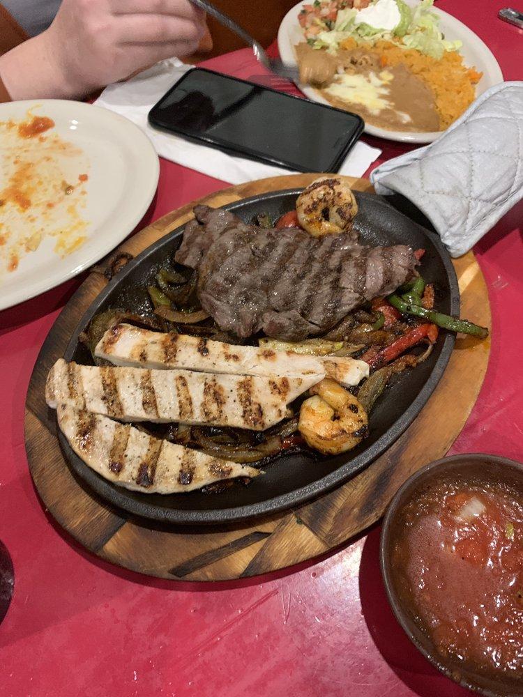 Loca Luna Mexican Grill