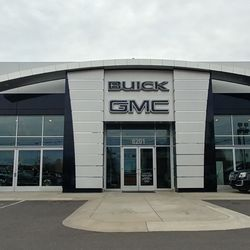 Williams buick gmc 13 rese as concesionarios de autos for Starmount motors south blvd