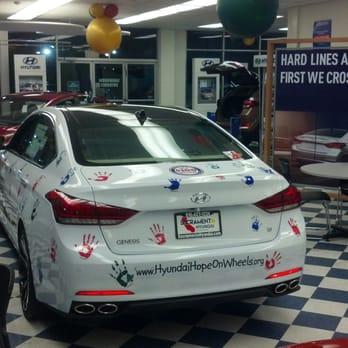 Sacrato Hyundai - 17 Photos & 127 Reviews - Car Dealers - 6250 ...