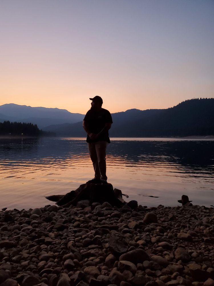 Lake Siskiyou Trail: 2400 W A Barr Rd, Mount Shasta, CA
