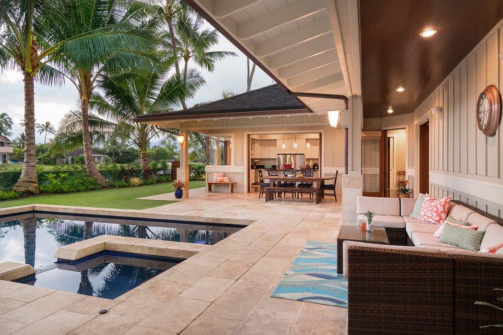 Hawaii Hideaways Inc: 333 Hoopalua Dr, Makawao, HI