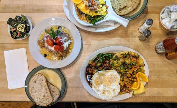 Bryn Mawr Breakfast Club 1061 Photos 812 Reviews