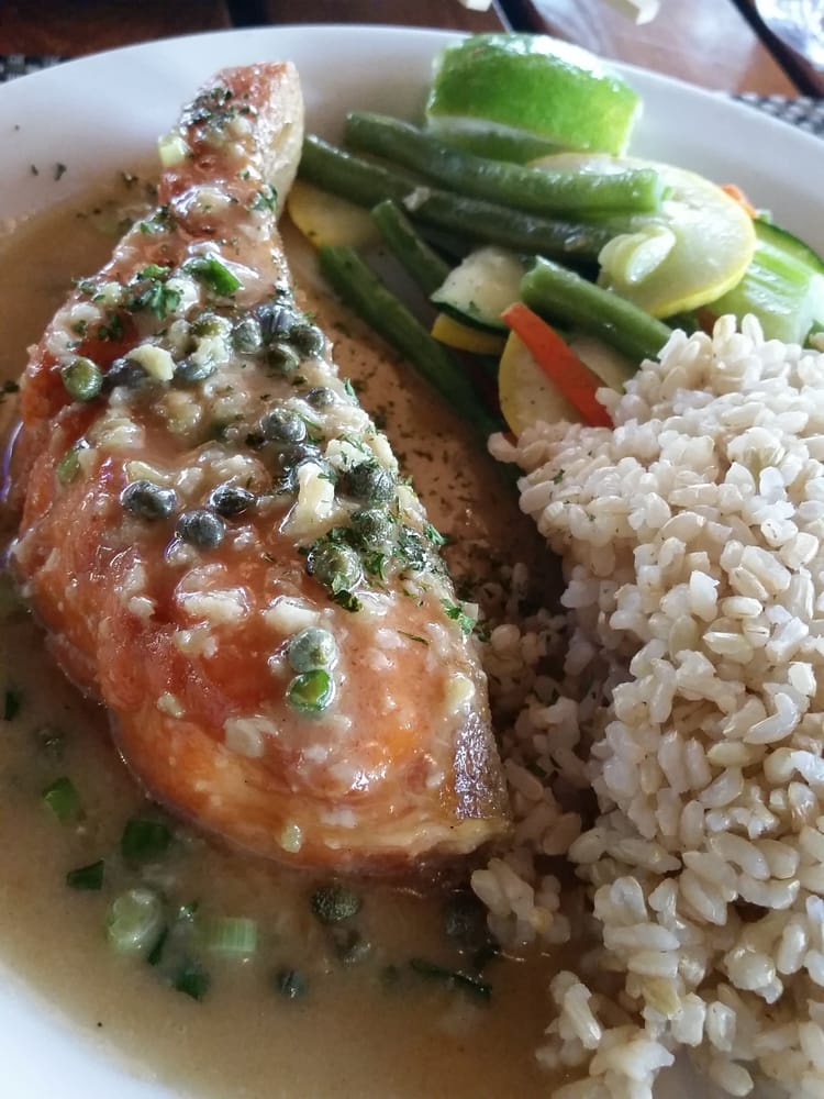 Garlic salmon very tasty yelp for Uncle s fish market grill