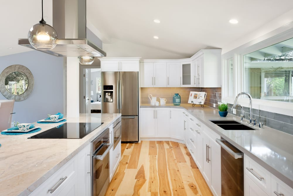 White Shaker Style Kitchen Cabinets Hickory Hardwood Floors Yelp