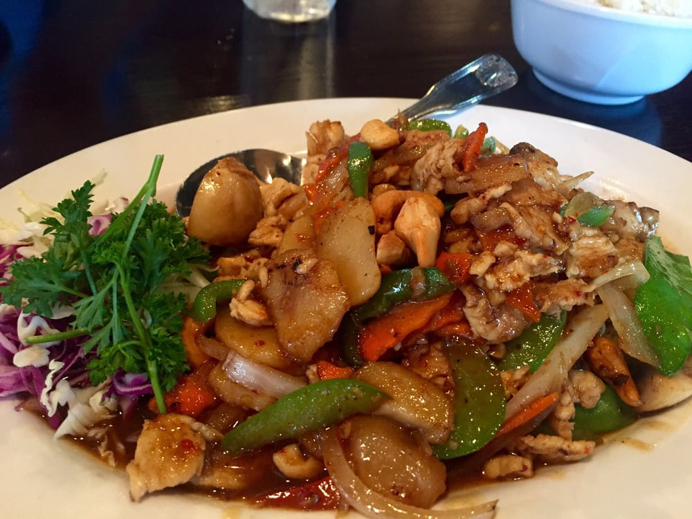 Cashew chicken 5 star dish yelp for 7 star thai cuisine