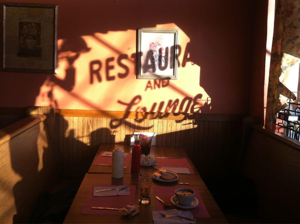The edge of town restaurant lounge bar 2310 genesee for K kitchen company cheektowaga ny