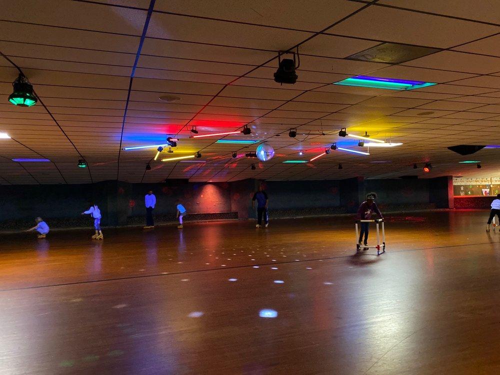 Westlake Skate Center: 413 S Yale Dr, Garland, TX