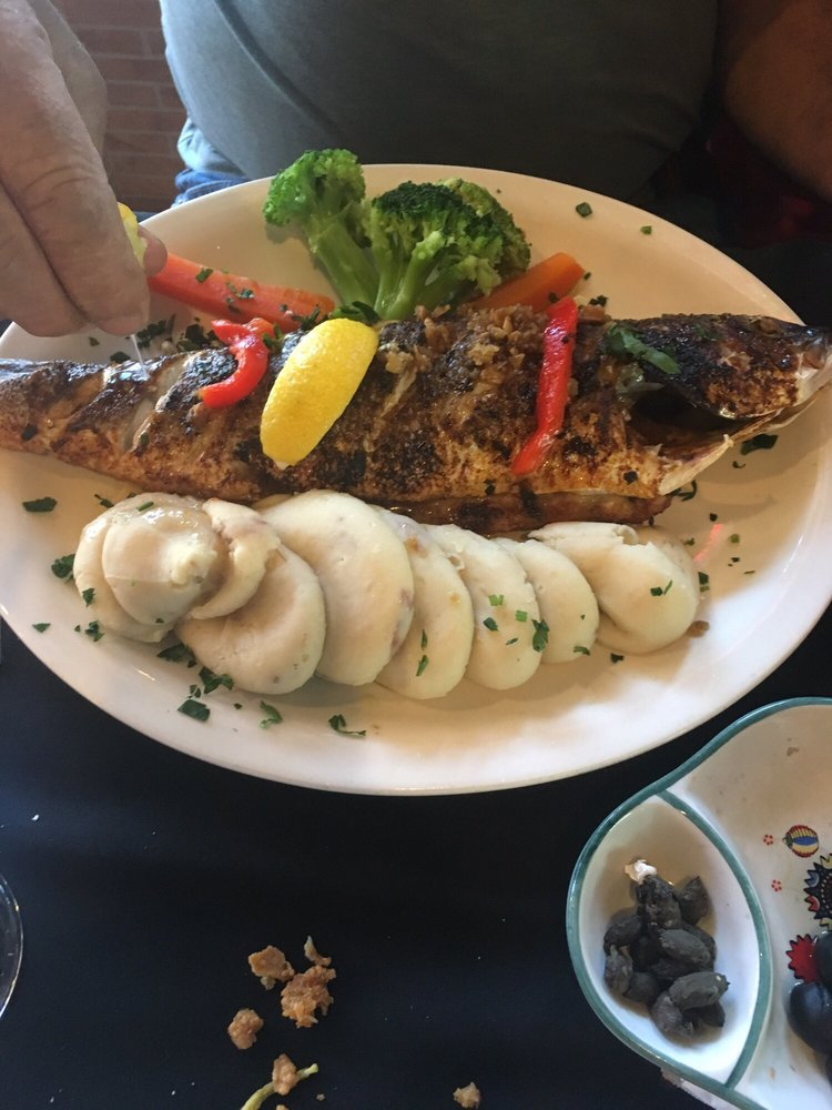 Portugal Wine Bar & Grill: 15 Palm Harbor Village Way, Palm Coast, FL