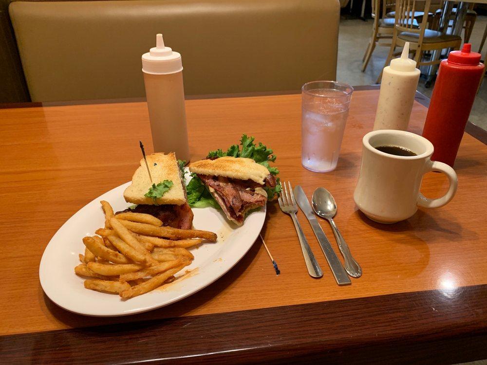 49er Diner, Bar & Casino: 406 E Park St, Livingston, MT