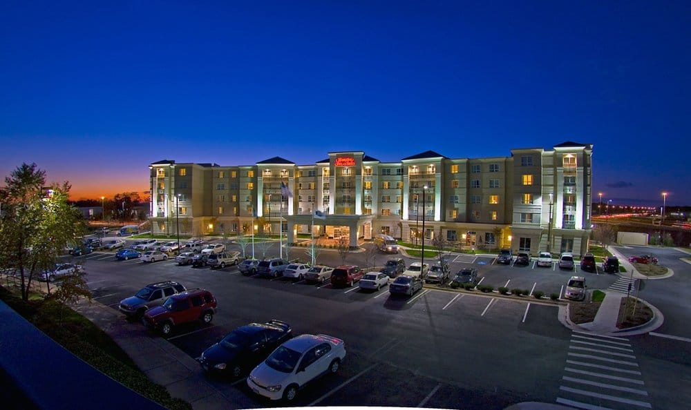 Hampton Inn & Suites Washington-Dulles International Airport: 22700 Holiday Park Dr, Sterling, VA