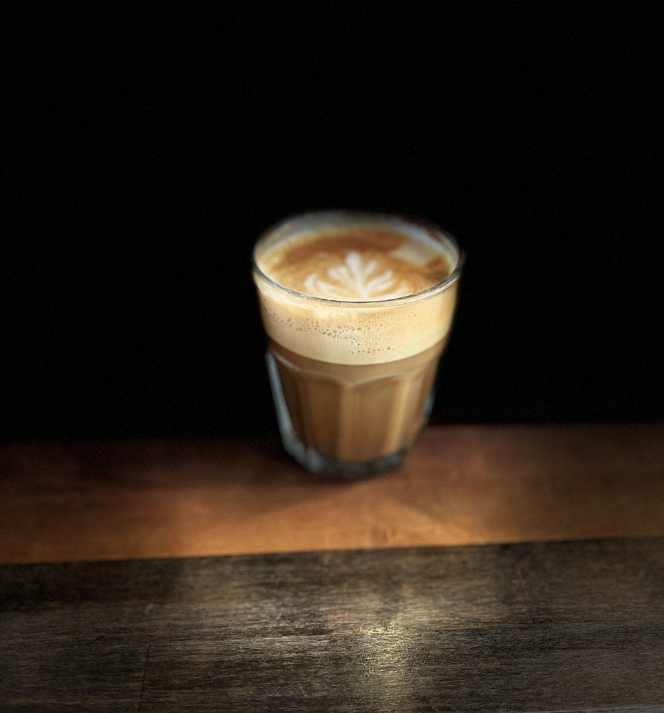 Golden Hills Coffee: 793 W Montrose St, Clermont, FL