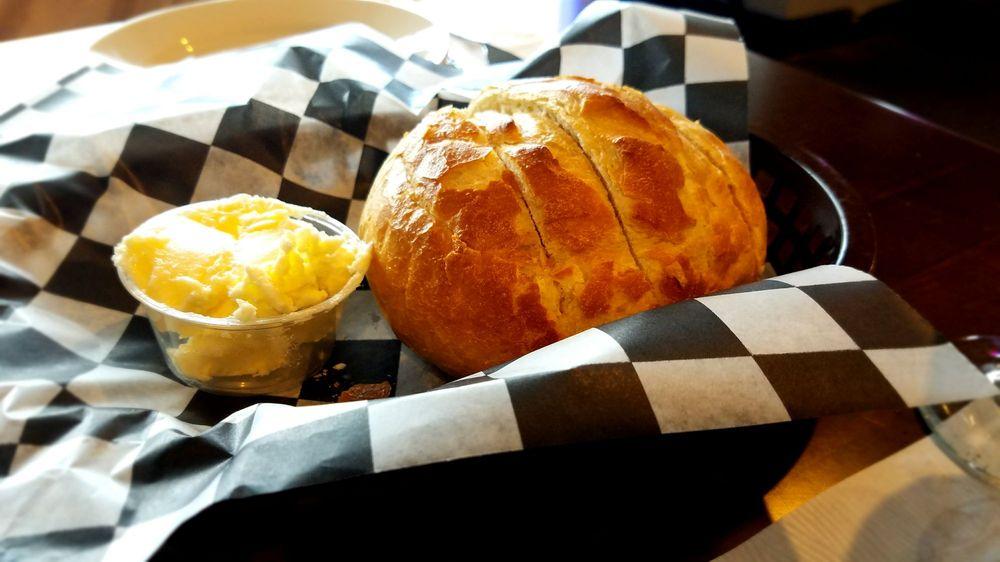 Schooner's Restaurant: 157 Nantasket Ave, Hull, MA