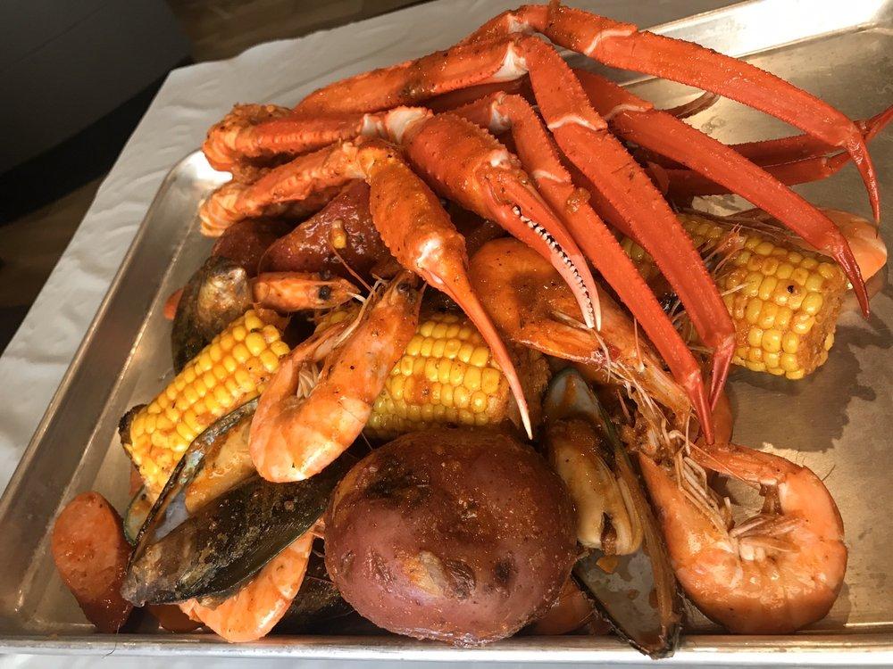Food from Kickin Seafood Cajun Style.