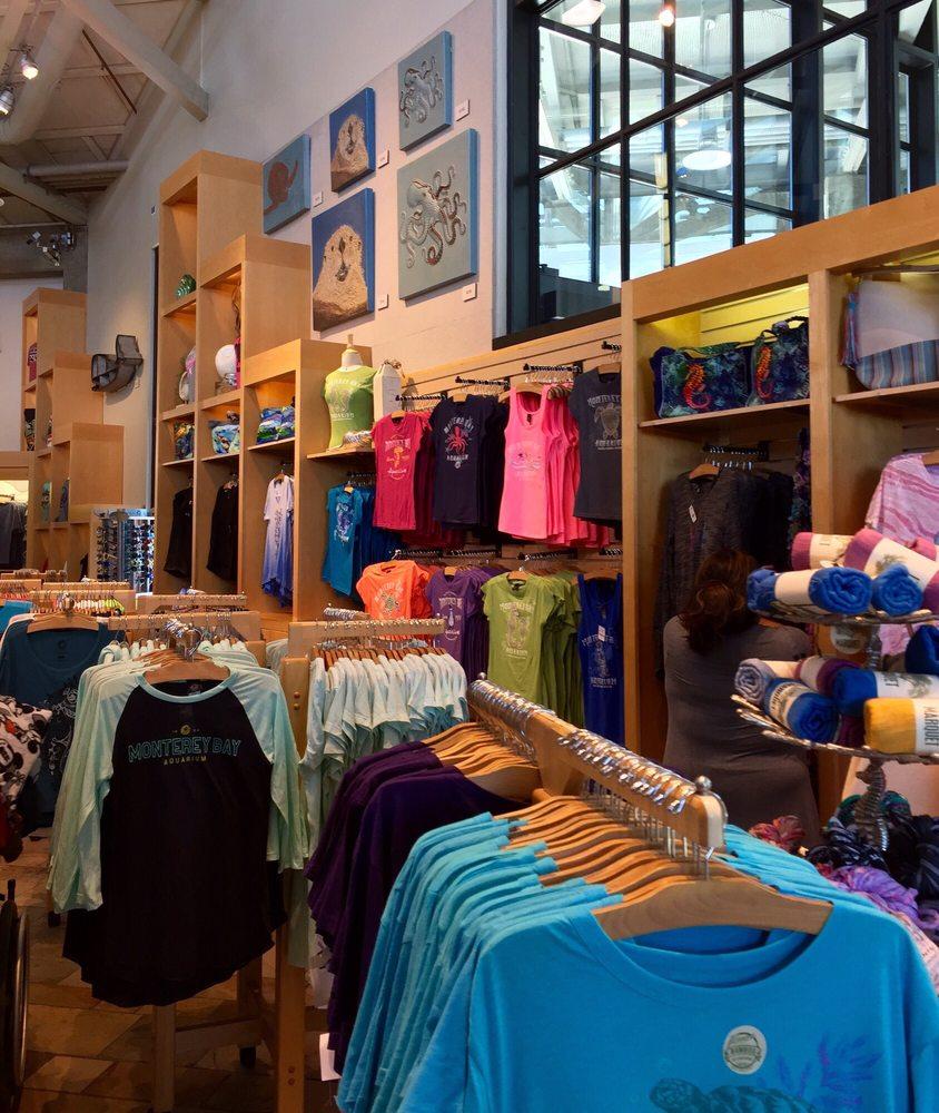 Monterey bay aquarium gift bookstore 57 photos 37 for Aquarium shop