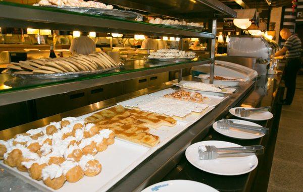 Peachy Hokkaido Seafood Buffet Closed 355 Photos 349 Reviews Home Interior And Landscaping Palasignezvosmurscom