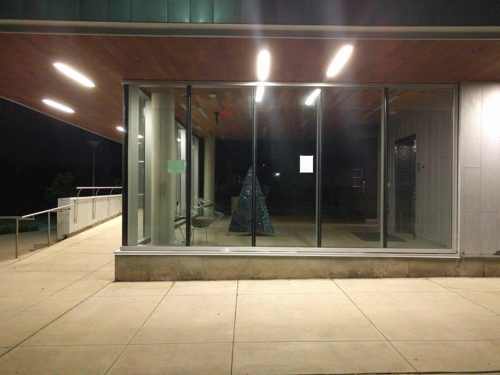 Ann Arbor District Library - Traverwood Branch: 3333 Traverwood Dr, Ann Arbor, MI