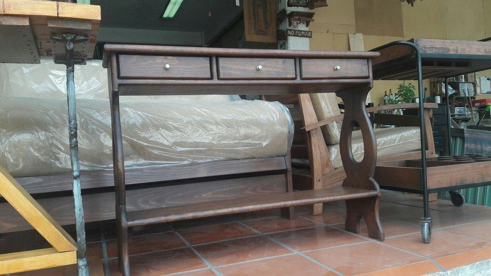 Mercado de muebles crea tienda de muebles av for Muebles vascos