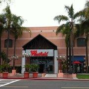 Food Court At Santa Ana Main Place Mall Food Court 2800 N Main