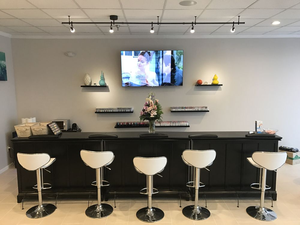 Pure Nail And Spa Strongsville