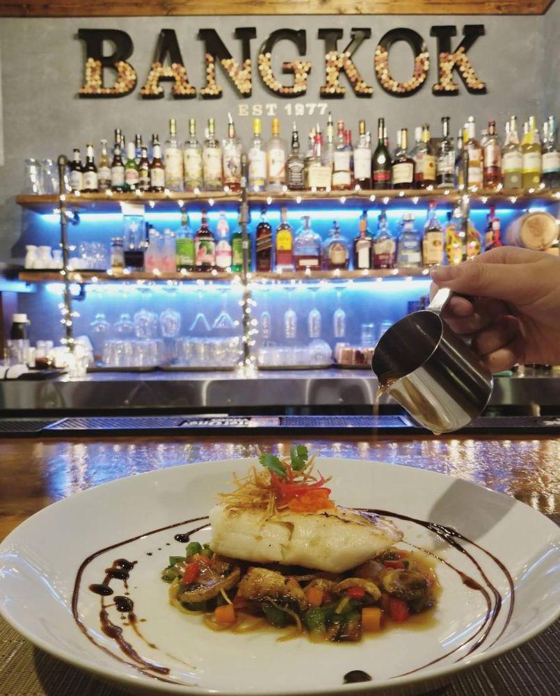 Bangkok Thai Restaurant: 1492 Piedmont Ave NE, Atlanta, GA