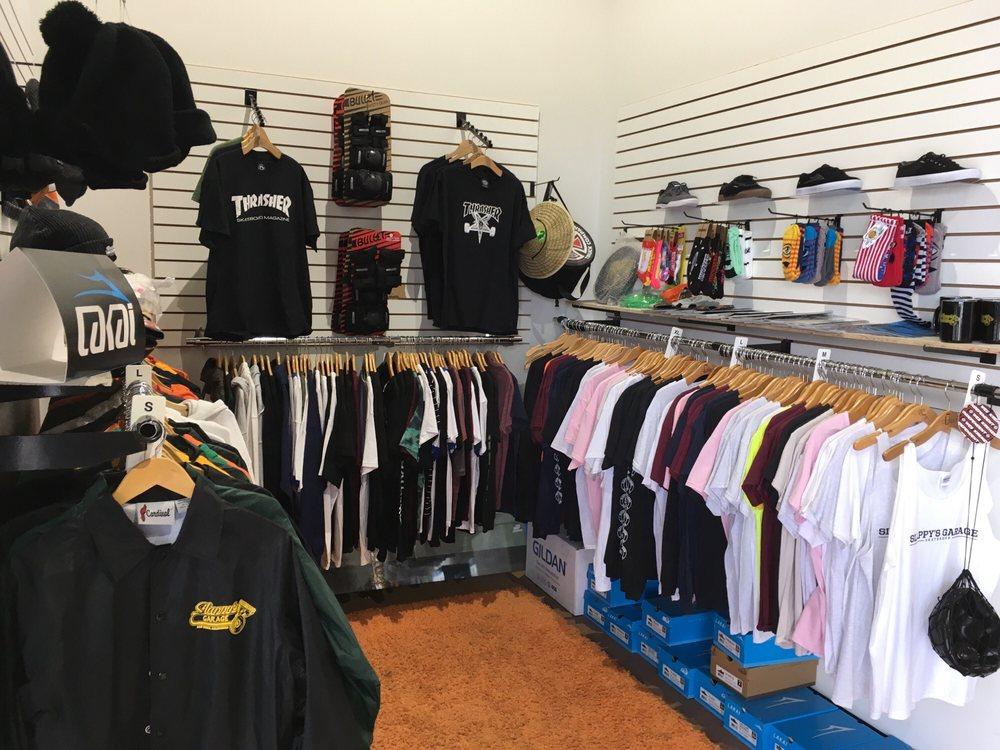 Slappy's Garage Linda Vista: 6585 Osler St, San Diego, CA