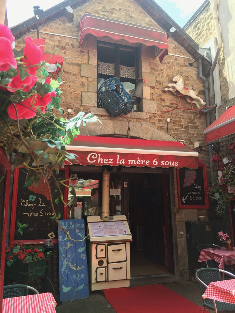 Restaurant La Mere  Sous Vannes