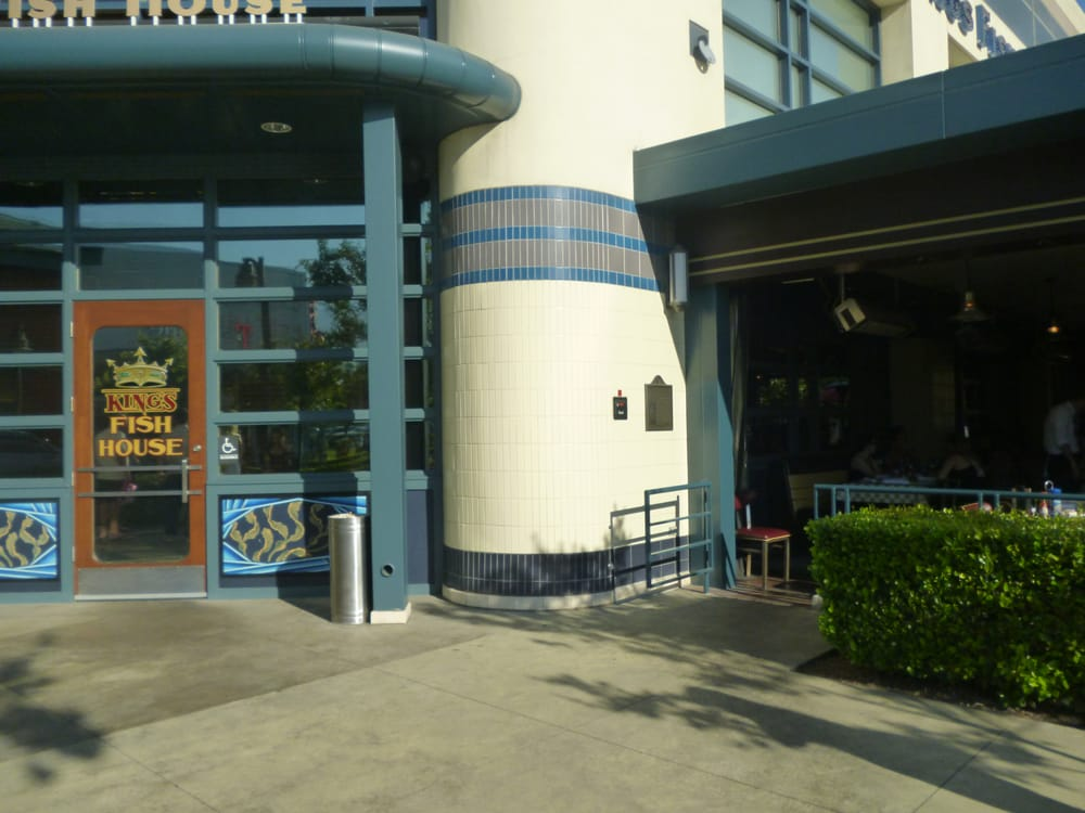 Restaurant entrance yelp for King s fish house rancho cucamonga