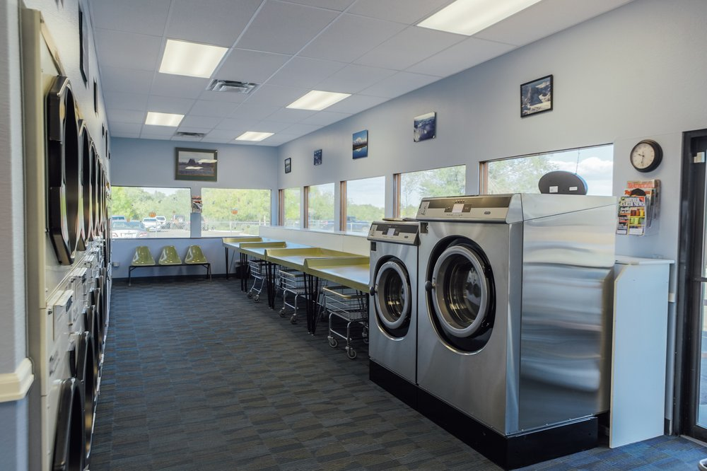 A Clean and Simple Laundry: 2648 Patterson Rd, Grand Junction, CO