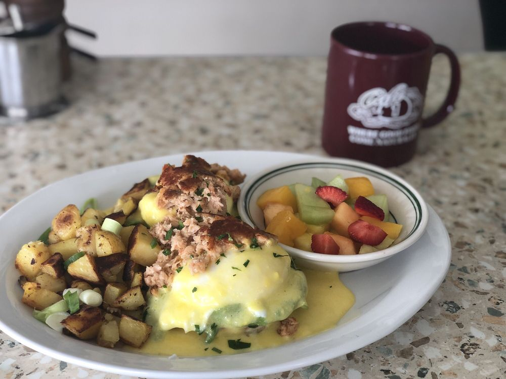 Cafe One: 753 N Main St, Fort Bragg, CA