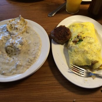 Photo Of Rounds Restaurant Traverse City Mi United States Farmers Omelette And