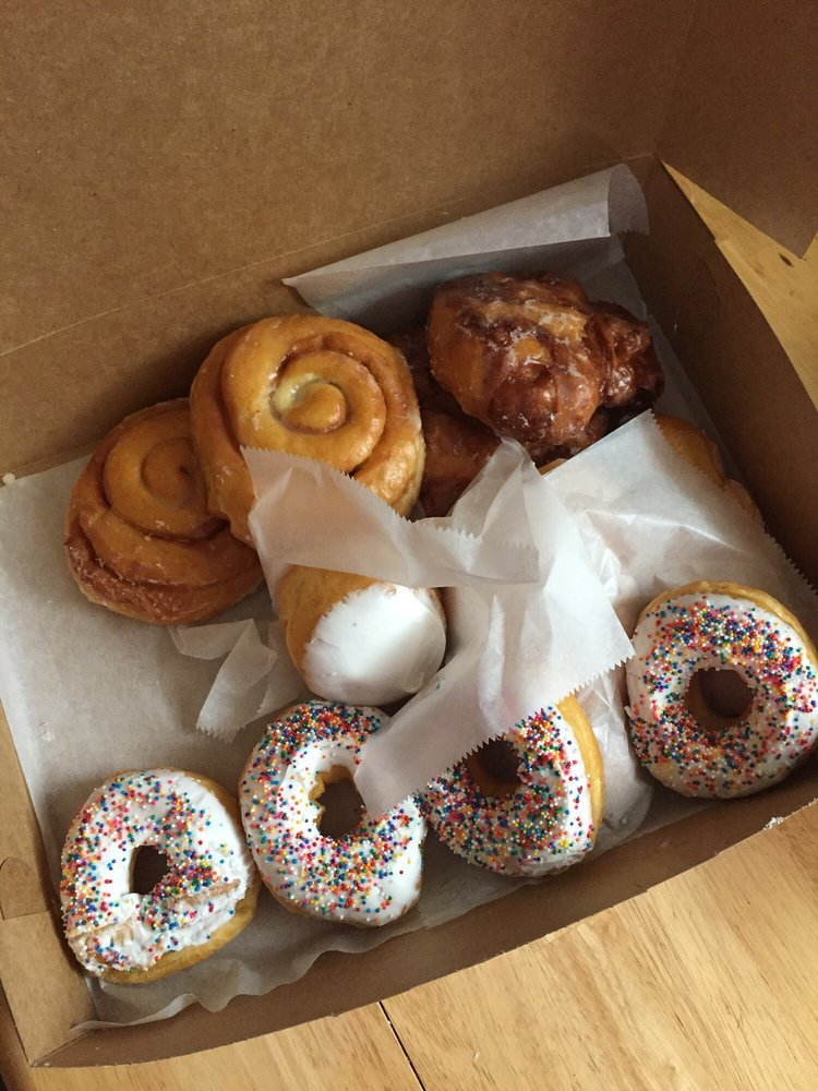 Golden Donuts & Diner