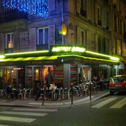 Bistrot smiley 17 photos 20 reviews bistros 37 rue for Restaurant miroir rue des martyrs